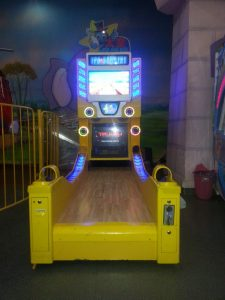toru entertainment bowling